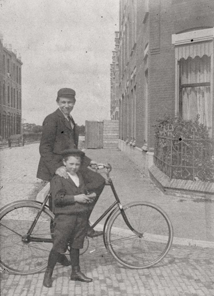 Willem Van Outhoornstraat, Hoek Laan Van Nieuw Oost Indië Rond 1907 - Bron: Beeldbank Haags Gemeentarchief