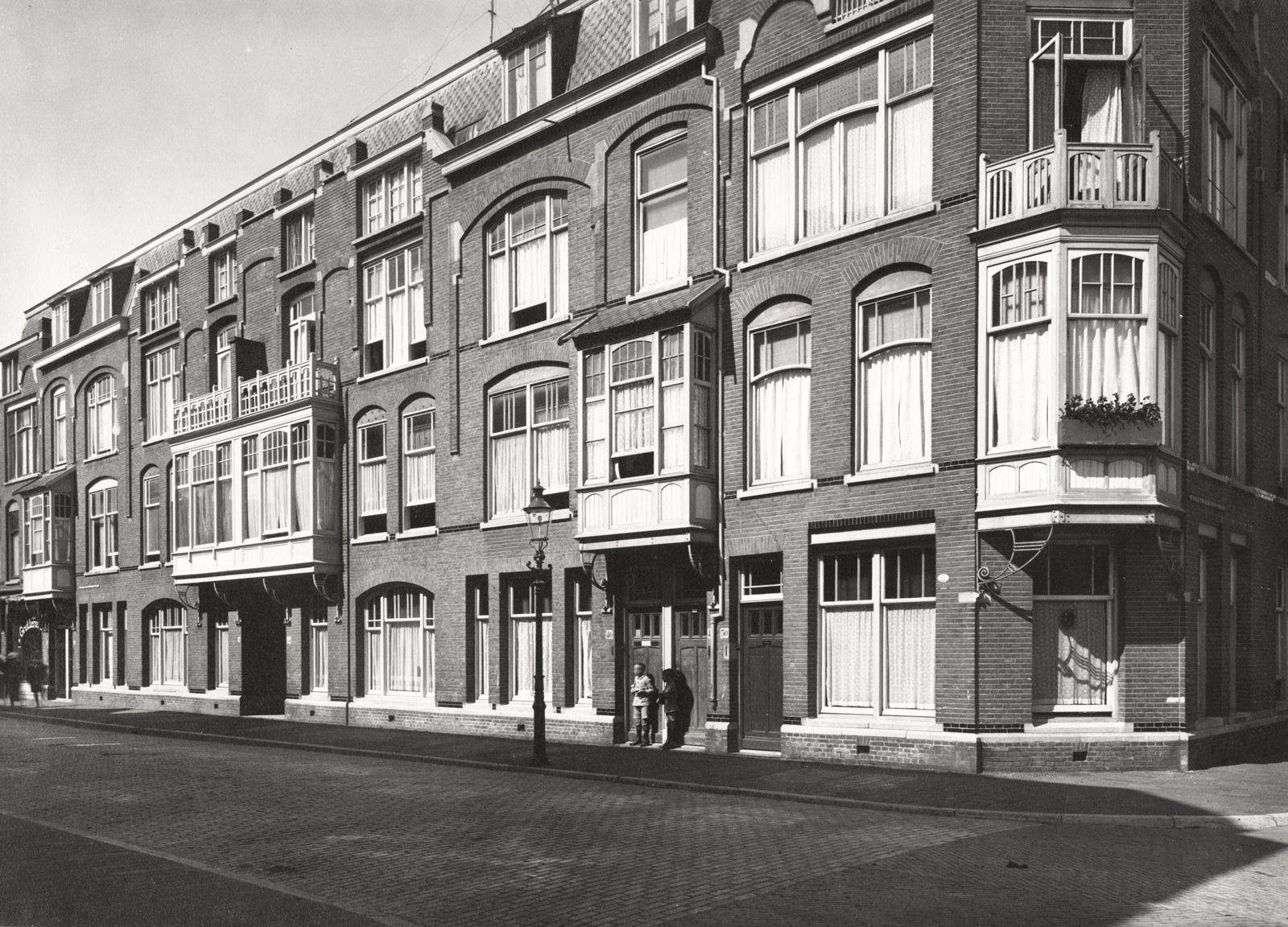 Willem Van Outhoornstraat Rond 1930 - Bron: Beeldbank Haags Gemeentarchief