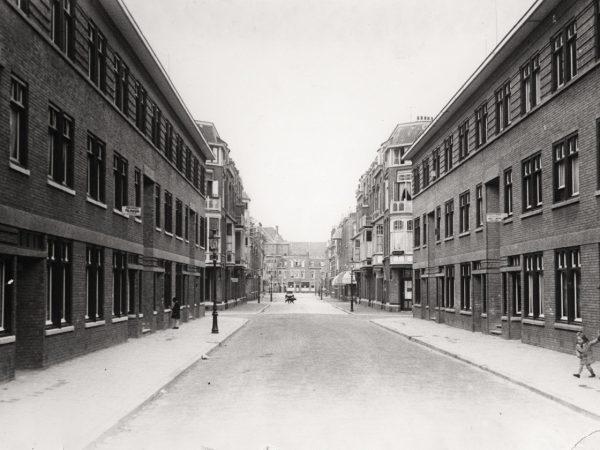 Willem Van Outhoornstraat Rond 1931 - Bron: Beeldbank Haags Gemeentarchief