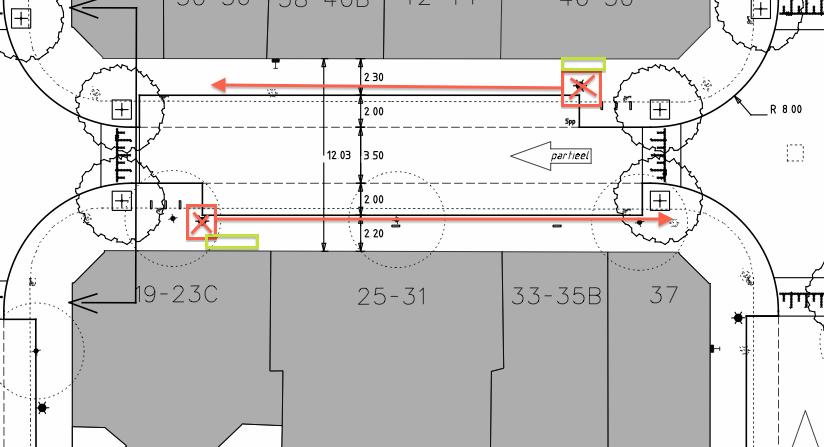 Locatie 2 lantaarnpalen niet voor erkers no. 48 en no. 23c.